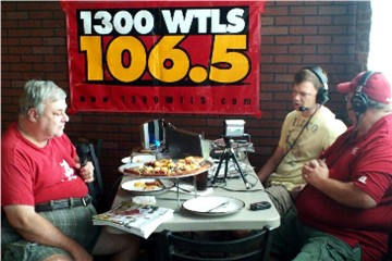 CW Mullins, Jimmy Jones and Michael Butler broadcast on-location at Kas's Corner