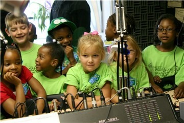 Tallassee Elementary School kindergartners in the WTLS control room
